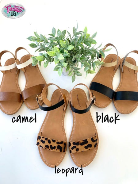 .Strappy Sandals *Final Sale*