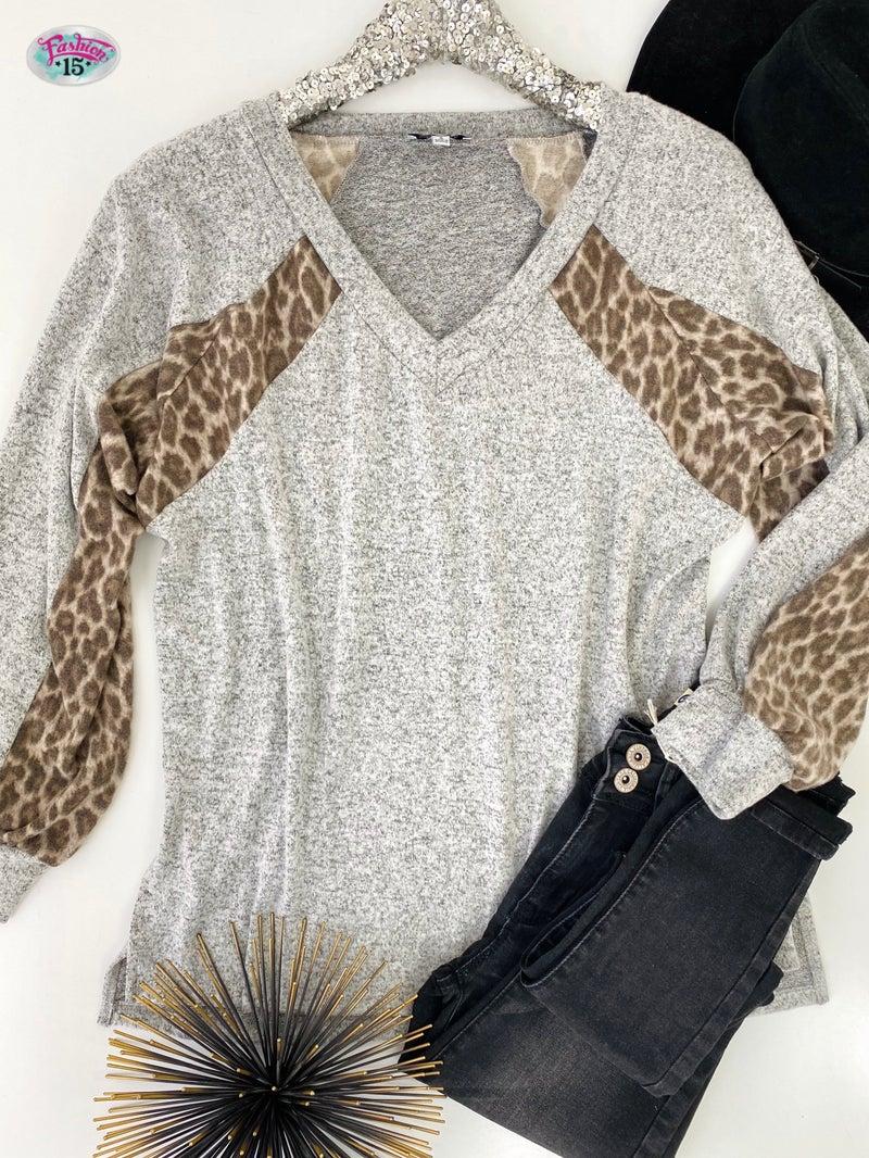 ~.Heathered Grey Top w/ Animal Print