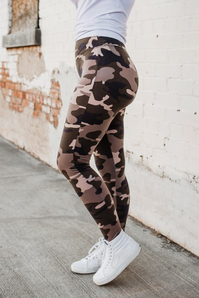 .Camo Leggings