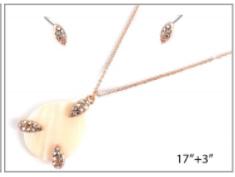 Rose Gold Shell Pendant Necklace Set