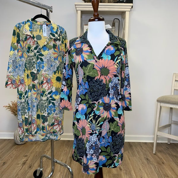 Floral Collar Dress with 3/4 Sleeve and Rounded Hem