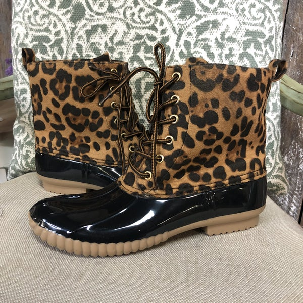 Women's Leopard/Black Lace-Up Weather Duck Boots (GA2)