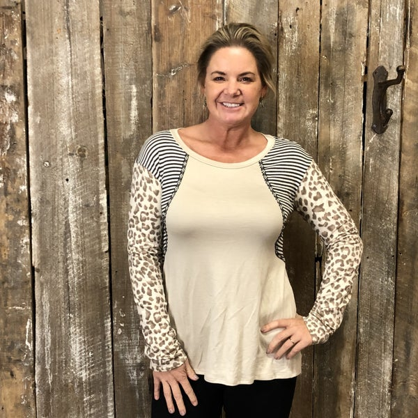 Solid Top with Contrasting Stripe/Animal Print Sleeves/Side Panels(GA2)