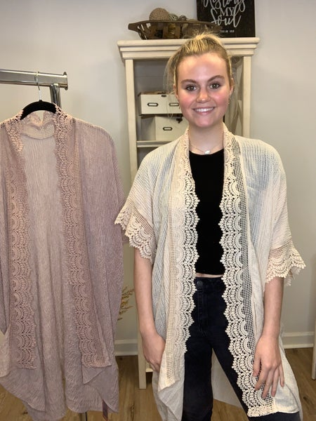 Boutique Item: Scallop Lace Trimmed Waffle Knit Kimono One Size Fits Most S-L