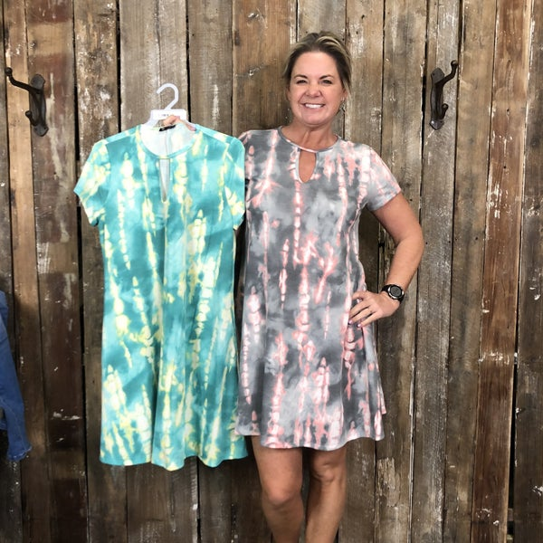 Tie Dye Short Sleeve Tunic/Dress with Keyhole Neck(GA2)