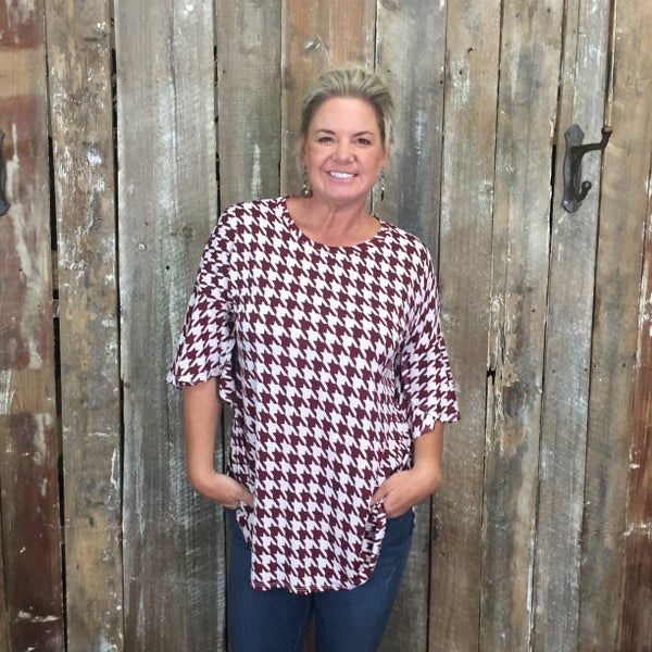 Wine/White Houndstooth Print Top with 3/4 Bell Sleeves(GA2)