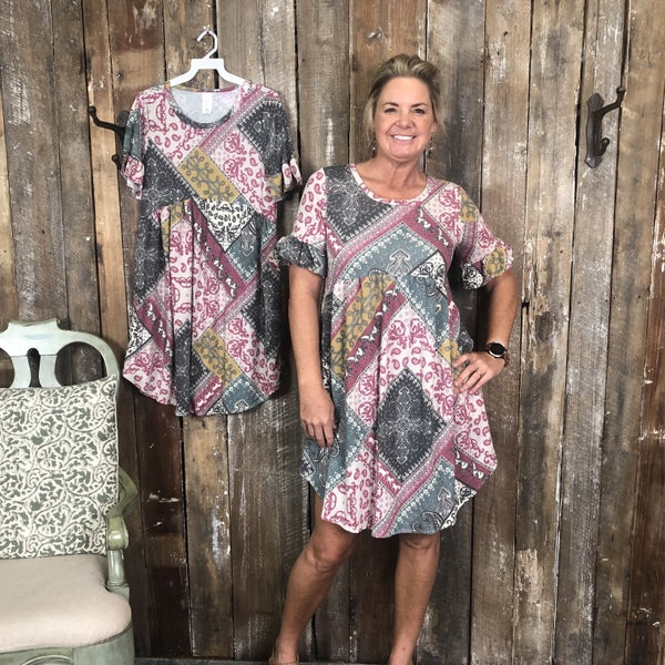 Berry/Grey Paisley/Patchwork Print Dress with Ruffle Short Sleeves with Pockets (GA2)