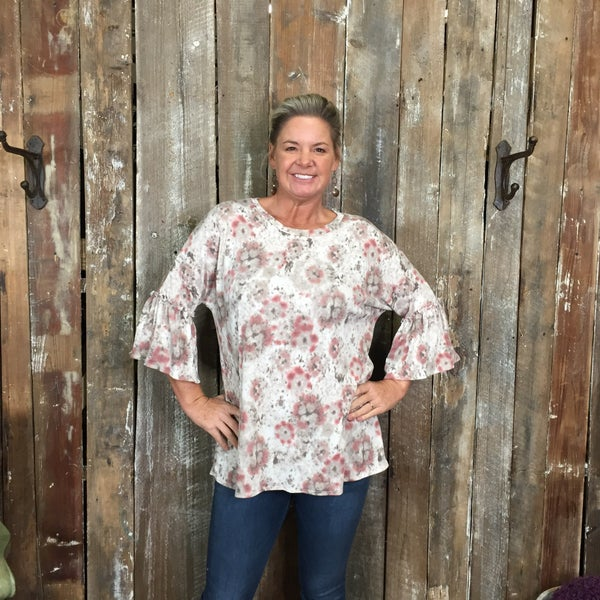 Cream/Pink/Grey Tie Dye Top with 3/4 Length Ruffled Sleeves (GA2)