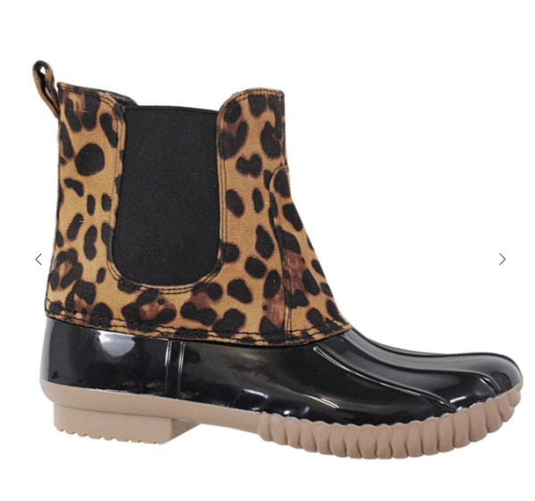 Women's Chelsea Leopard/Black Weather Slip On Duck Boots (GA2)