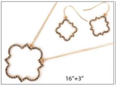 Gold Quatrefoil Pave Necklace Set