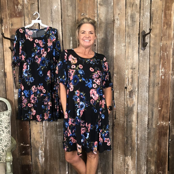 Black/Pink/Blue Floral Print Dress/Tunic with Pockets (GA2)