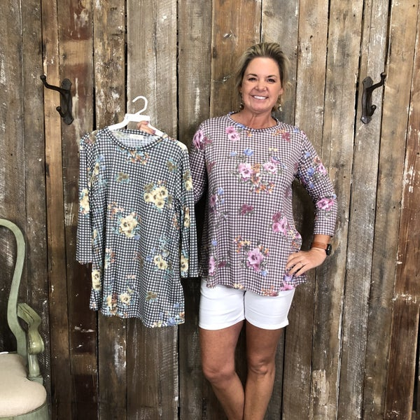 Plaid/Floral Print Top with 3/4 Length Sleeves (GA2)