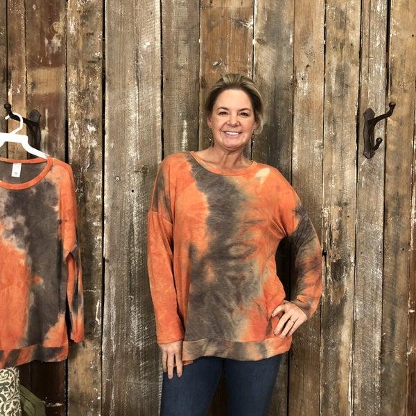 Orange/Brown Tie Dye Long Sleeve Top with Side Slit High/Low Hem (GA2)