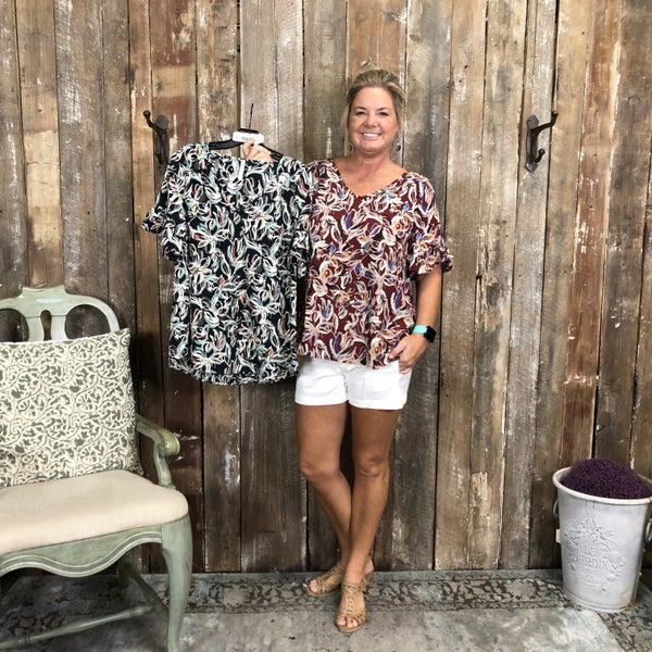 Abstract Floral Print Top with Ruffled Sleeves (GA2)