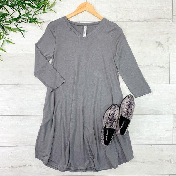 Solid V-Neck 3/4 Sleeve Swing Dress w/ Pockets, Mid Gray