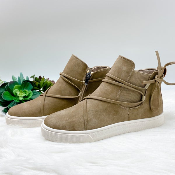 *Shoe Collection* High Top Sneaker, Taupe