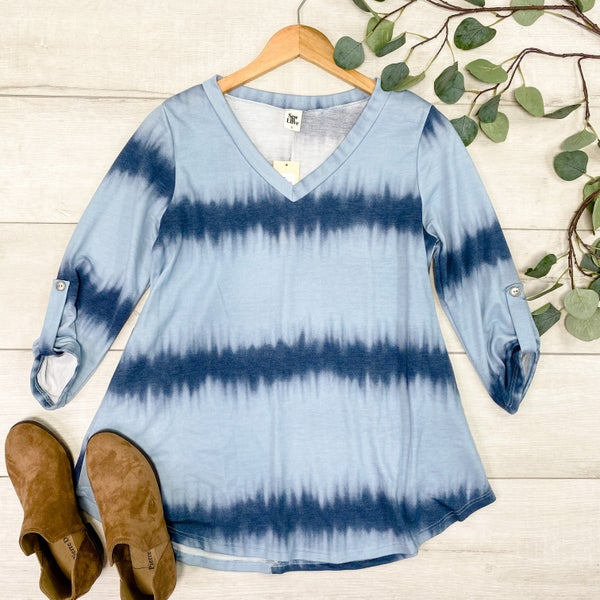 *Kendra's Collection* Ombre Tunic Top - BLUE *Final Sale*