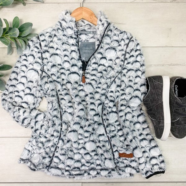 *Simply Southern* Textured Dot Pullover, Grey