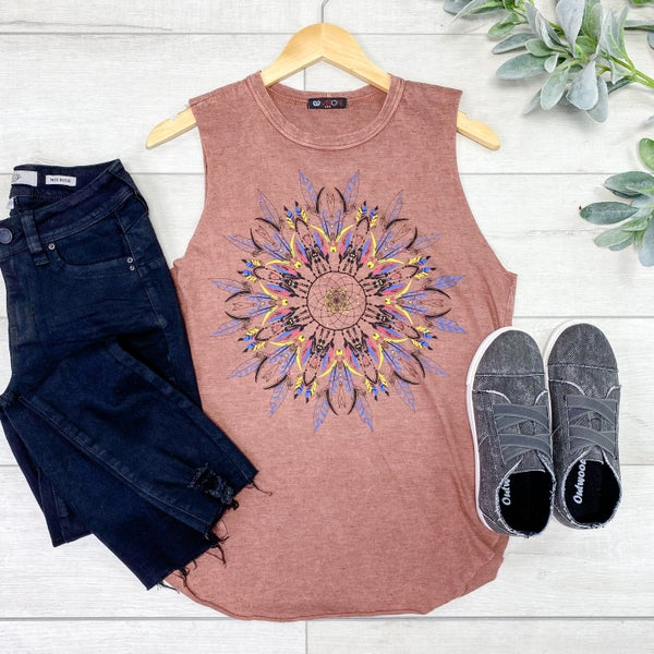 Sleeveless Mandala Graphic Top, Mauve