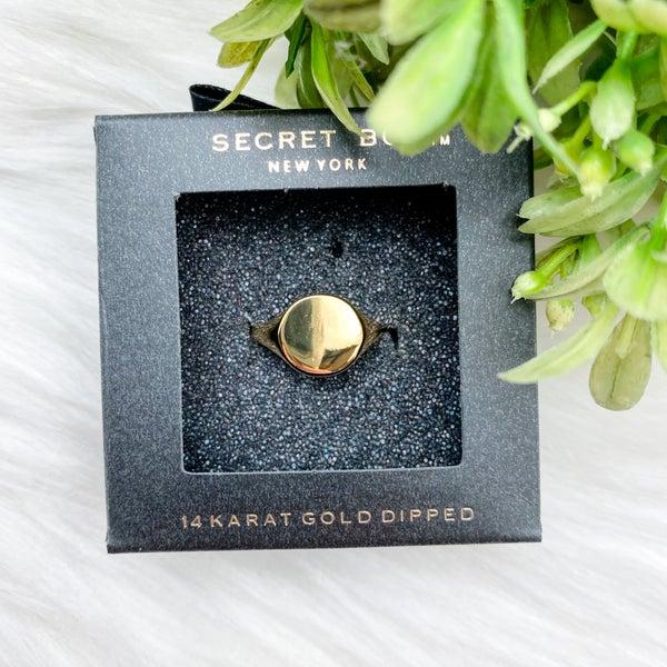 Signet Single Ring, Gold