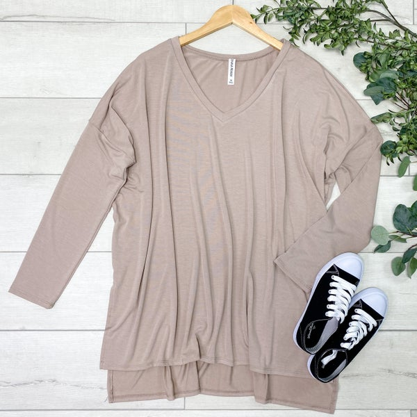 *PLUS* Solid V-Neck Piko, Ash Mocha [[LIVE]]