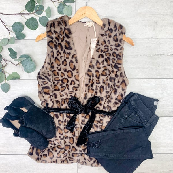 *Kendra's Collection* Belted Animal Print Fur Vest