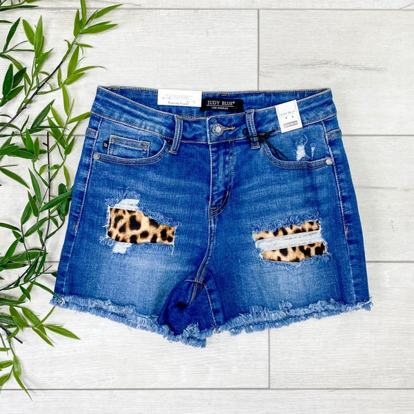 *Judy Blue* High Rise Leopard Patch Shorts, Medium