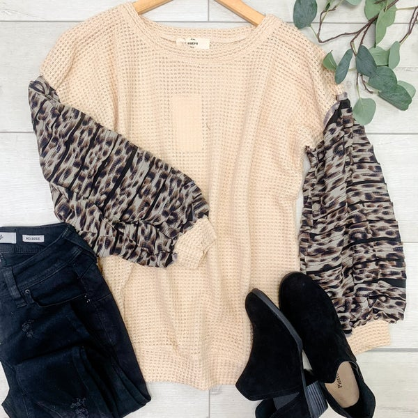 Contrast Waffle Knit Top w/Textured Bubble Sleeves, Natural