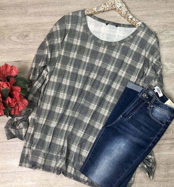 Plaid Top w/Gathered Sleeves, Gray *Final Sale*