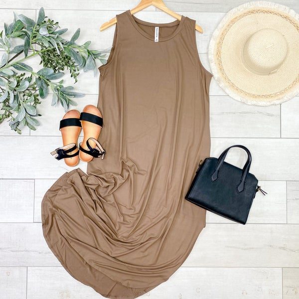 *PLUS* Solid Sleeveless Midi, Mocha