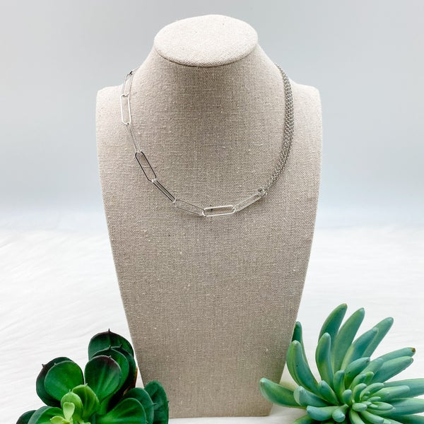 Short Wide Chain Linked Necklace, Silver