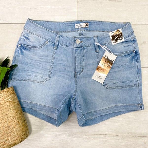 *YMI* PLUS-Mid Rise Denim Shorts, Light Wash