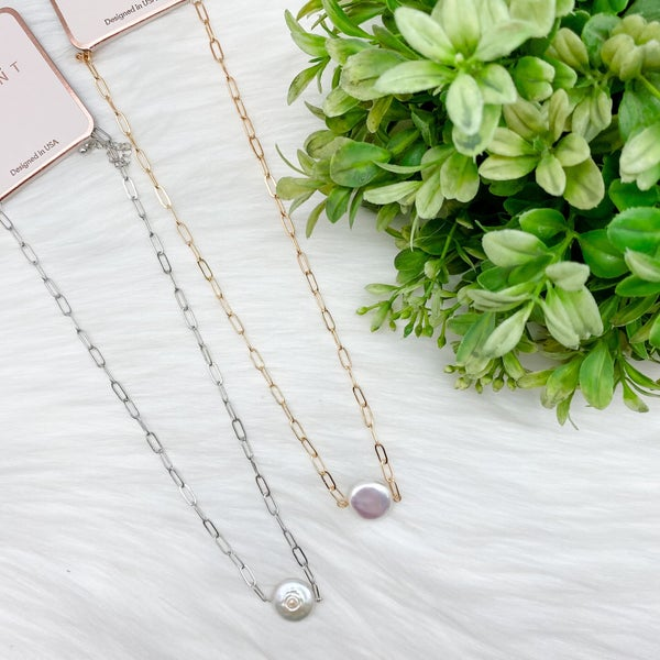 Short Chain Necklace w/ Freshwater Pearl *Final Sale*