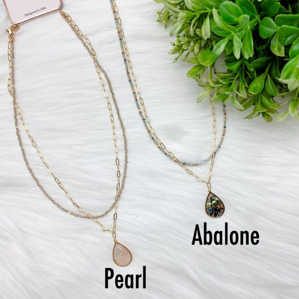 Shell Pendant Short Layered Necklace *Final Sale*
