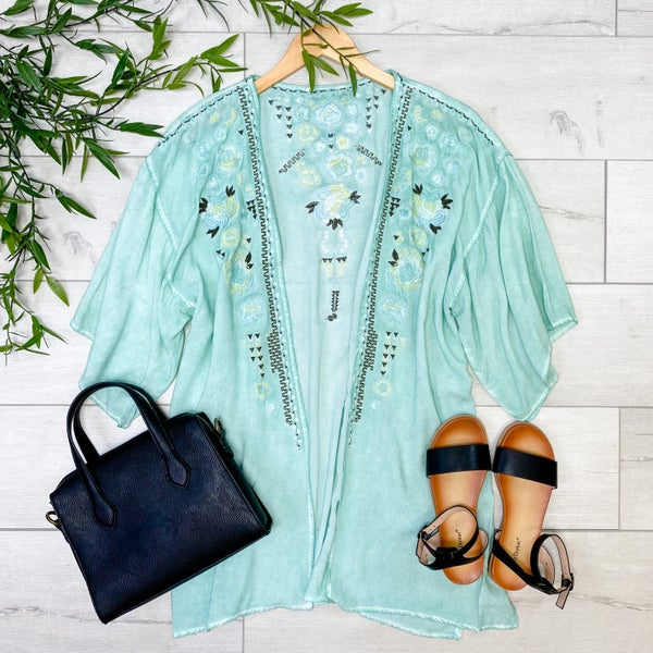 Embroidered Mineral washed Kimono, Mint