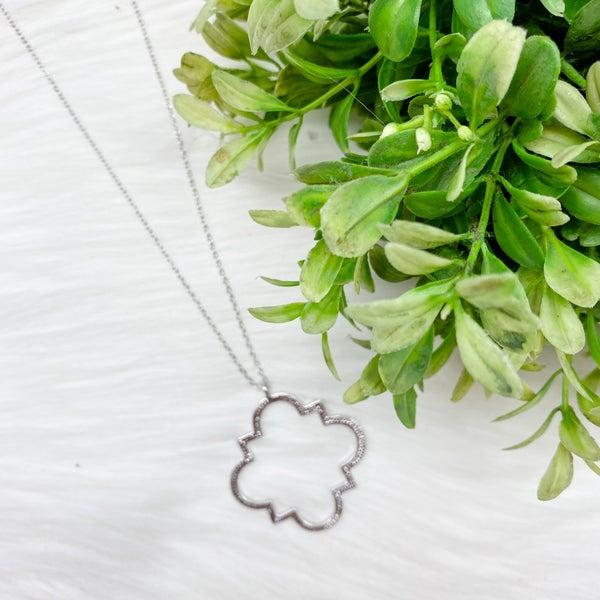Long Quatrafoil Pendant Necklace, Silver
