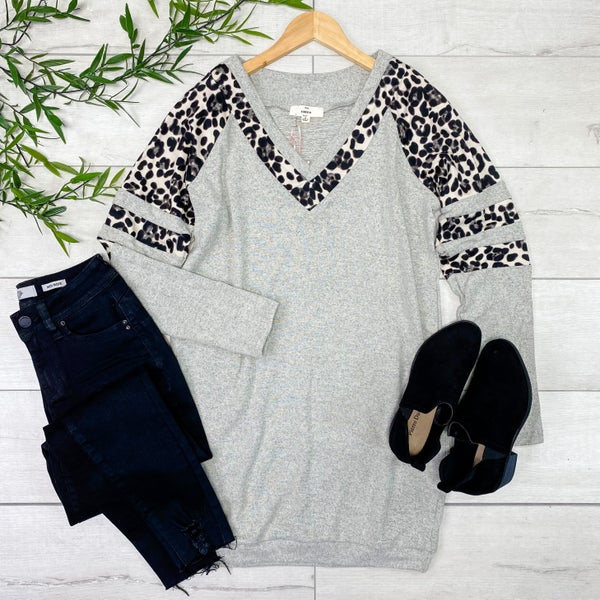 Contrast Solid and Leopard Print V-Neck Tunic, Gray