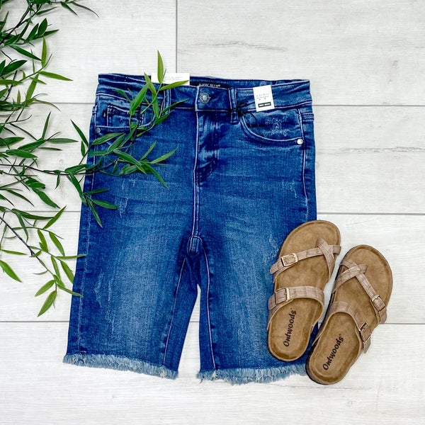 *Judy Blue* Hi Rise Cut off Bermuda Shorts, Dark