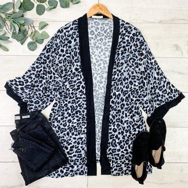 Leopard Patterned Kimono, Tan Gray