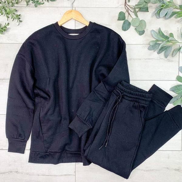 Pullover and Pants Set, Black