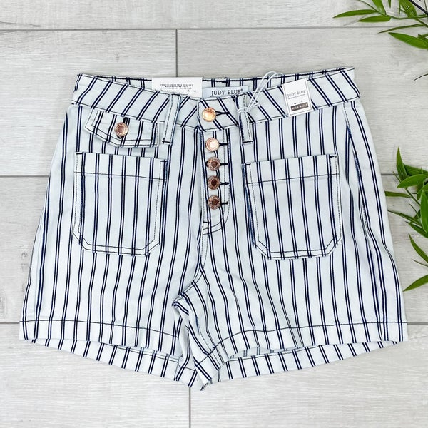 *Judy Blue* High Waist Striped Pocket Shorts, White
