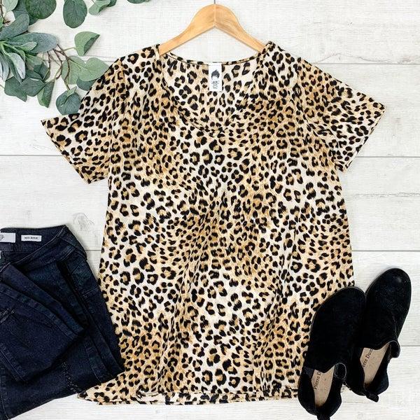 Leopard Patterned V-Neck, Tan