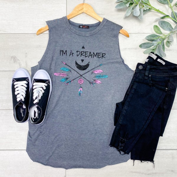 Sleeveless Dreamer Graphic Top, Gray