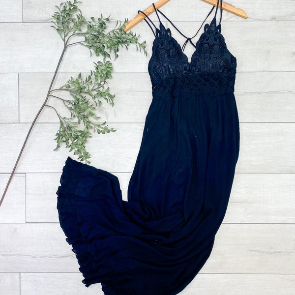 Maxi Dress w/Bralette Halter Top, Black
