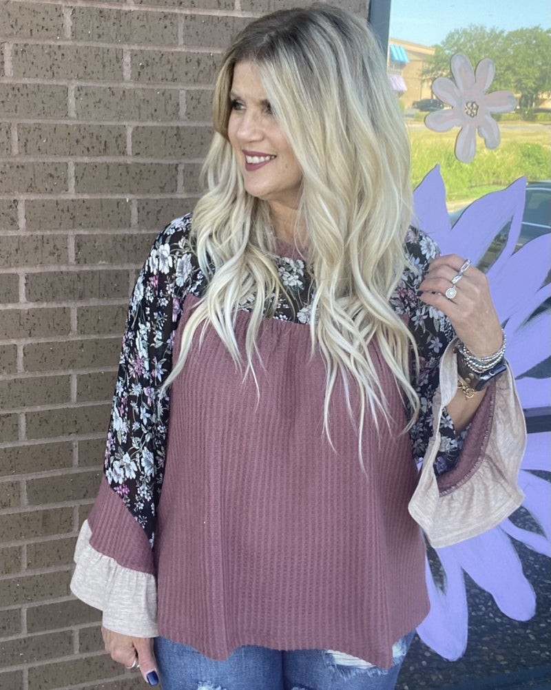 Waffle top with floral tiered sleeve