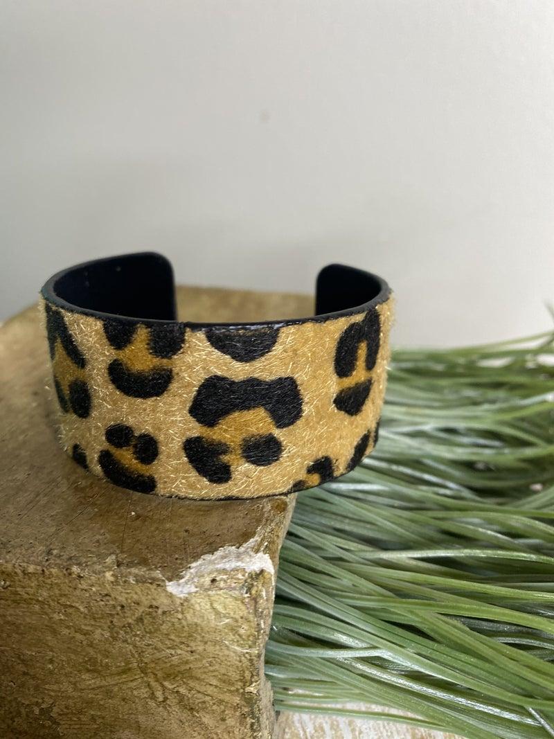 Leopard cuff bracelet