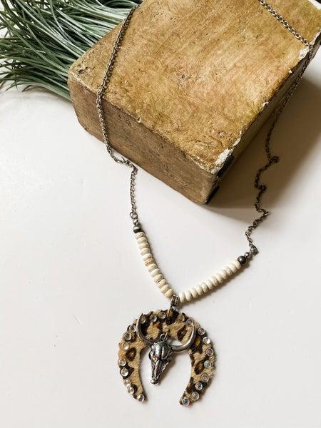 Leopard western pendant