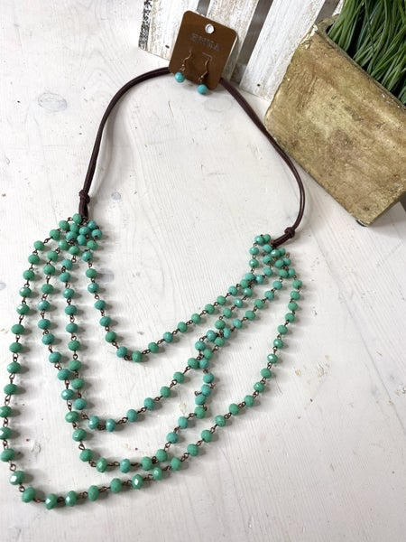 Green beaded layered necklace