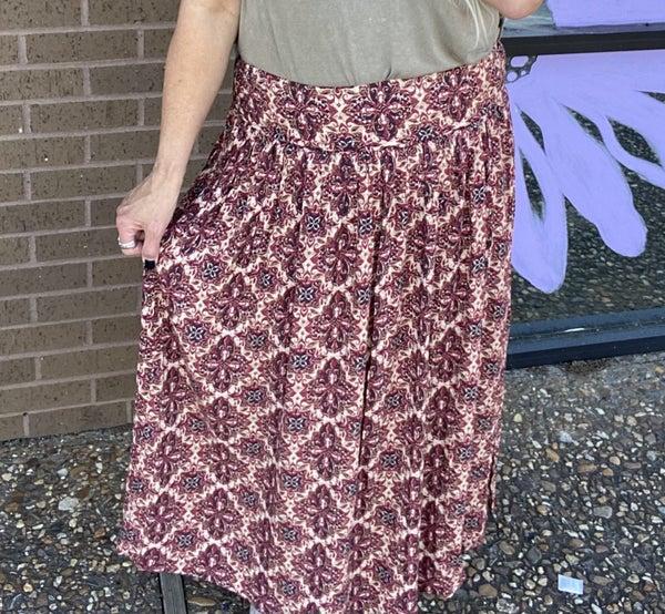 Burgundy maxi skirt with Elastic waist