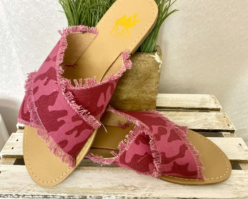 Pink Camo Slide